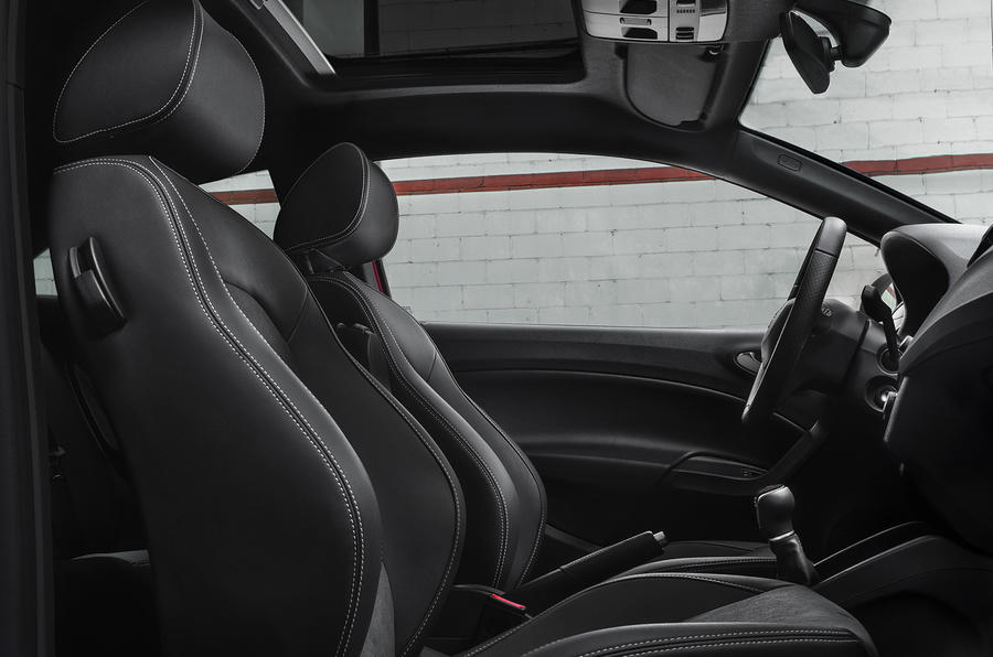 Seat Ibiza Cupra interior