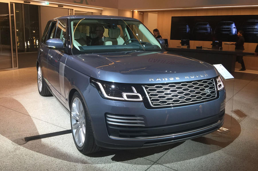 New Range Rover >> Range Rover Facelift Brings All New P400e Plug In Hybrid Variant