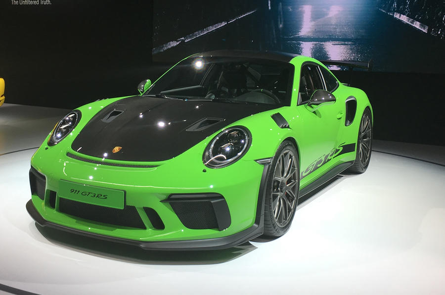 2018 porsche 911 gt3 rs: weissach pack revealed with 29kg weight