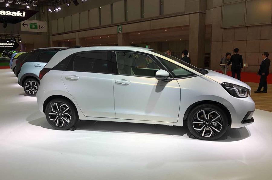 Honda Jazz revealed in Tokyo side