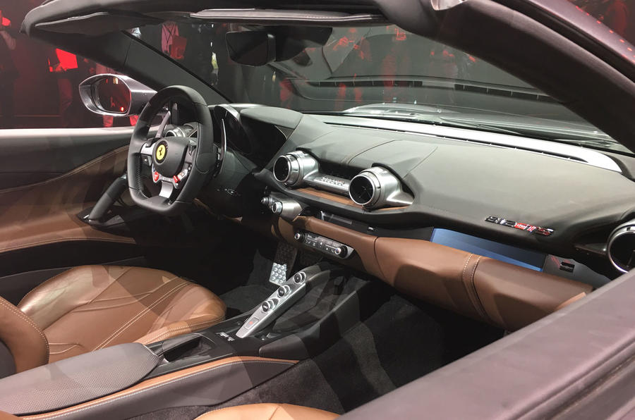 Ferrari 812 GTS reveal - static dashboard