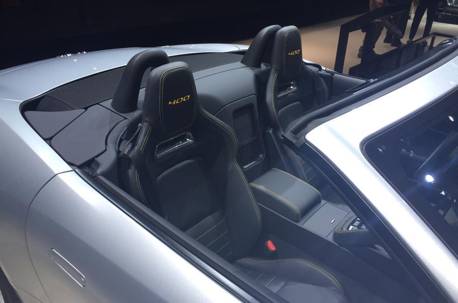 Jaguar F-Type Sport 400