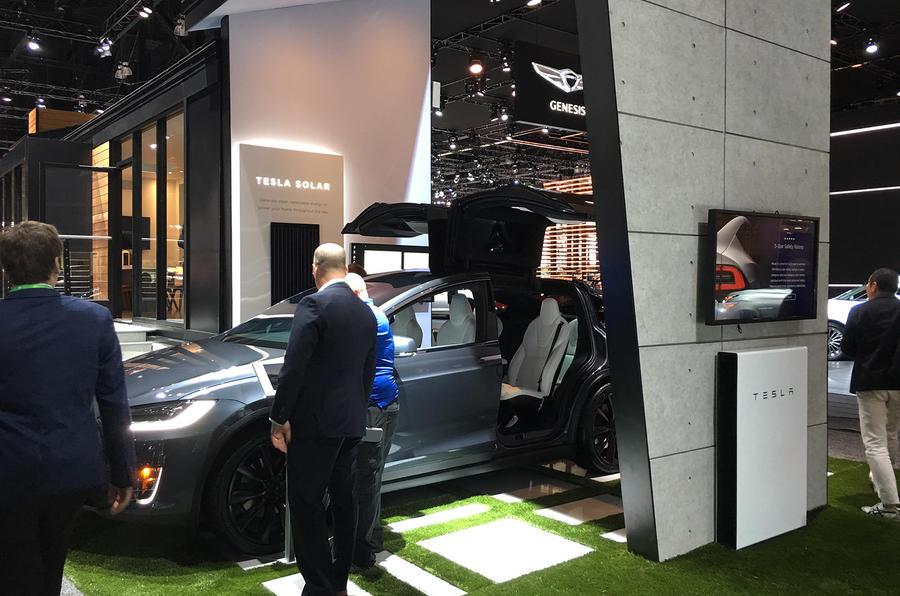 Tesla stand LA motor show