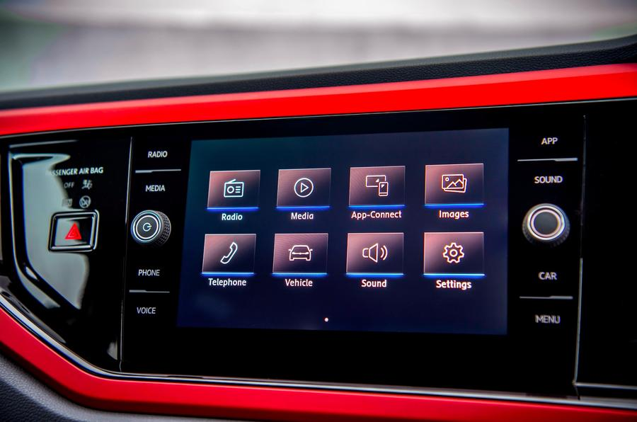 VW Polo Beats 1.6 TDI touchscreen