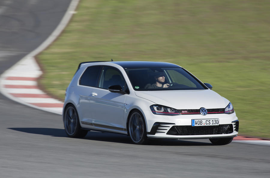Volkswagen Golf GTI Clubsport cornering