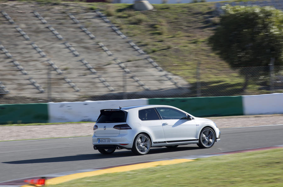 Volkswagen Golf GTI Clubsport rear cornering