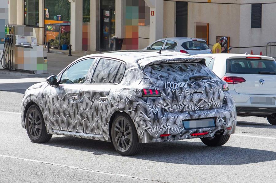 Nouvelle 208 2019 >> New Peugeot 208 spied with production body for 2019 | Autocar