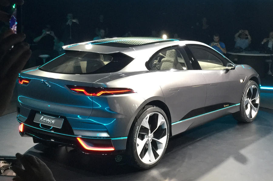 2018 jaguar i pace electric suv revealed plus exclusive autocar images autocar. Black Bedroom Furniture Sets. Home Design Ideas