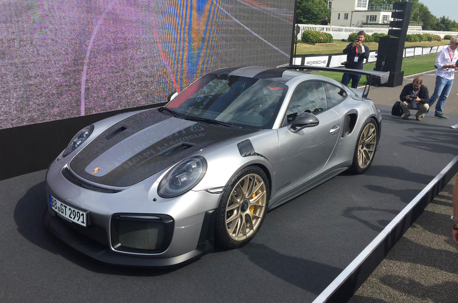 porsche 911 gt2 rs new video shows 690bhp sports car at goodwood autocar. Black Bedroom Furniture Sets. Home Design Ideas