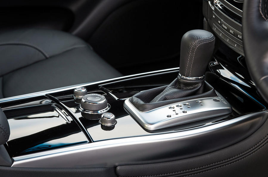 Infiniti Q70 automatic gearbox