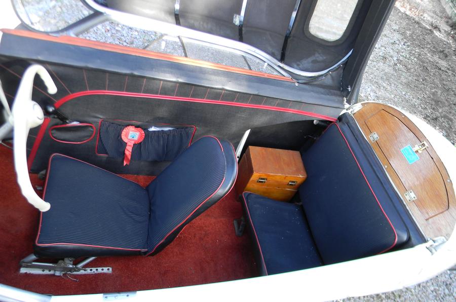 Messerschmitt KR200 interior