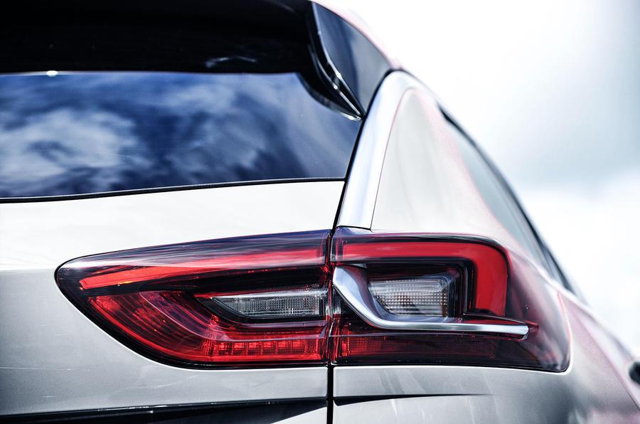 Vauxhall Insignia Sports Tourer rear lights