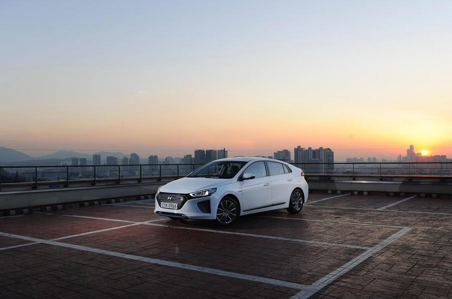 3.5 star Hyundai Ioniq HEV