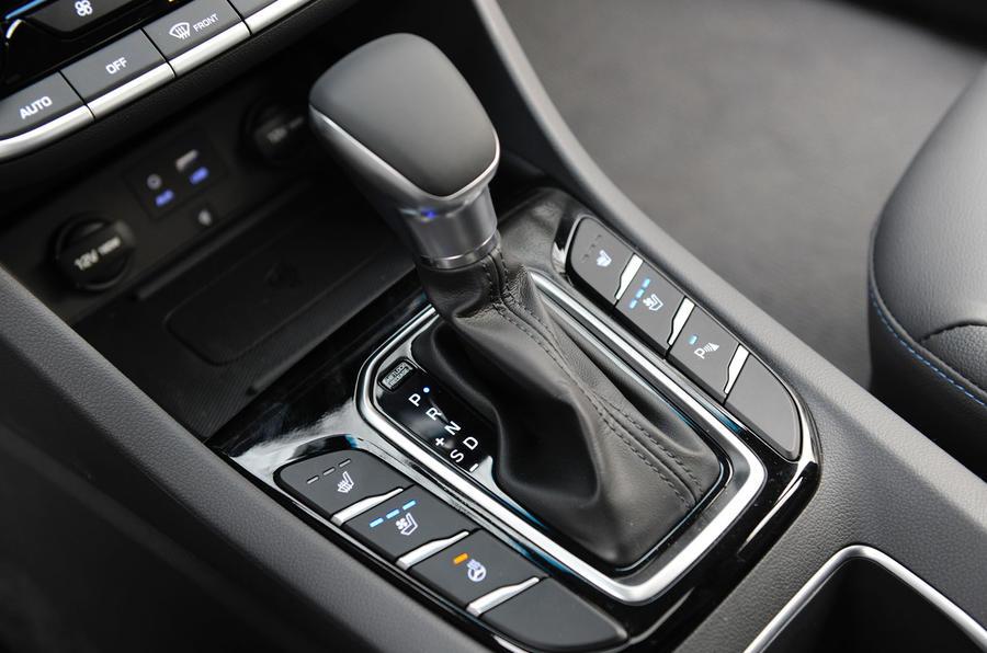 Hyundai Ioniq HEV auto gearbox