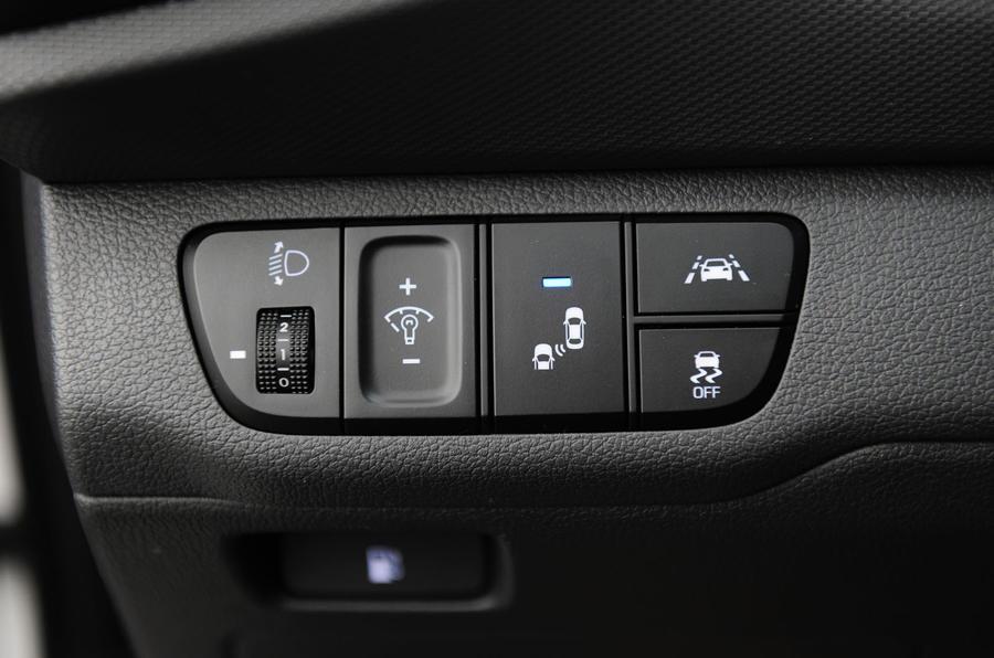 Hyundai Ioniq HEV safety system controls