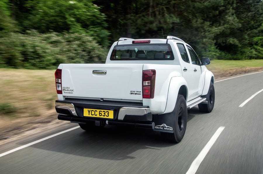 Isuzu D-Max Arctic Trucks AT35 rear cornering