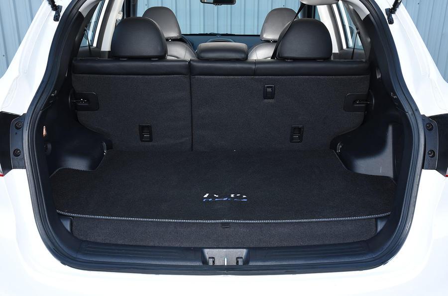 Hyundai ix35 FCV boot space