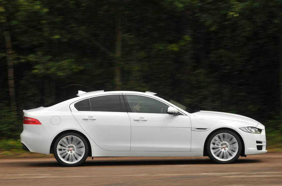 £35,425 Jaguar XE 2.0d Portfolio
