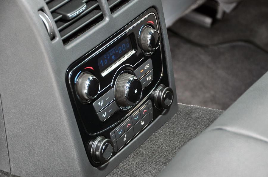 Jaguar XF rear climate controls