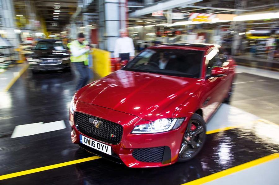 UK car manufacturing up in October thanks to growing exports