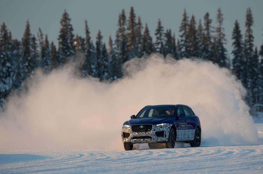 Jaguar F-Pace snow drifting