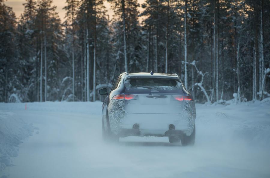 AWD Jaguar F-Pace