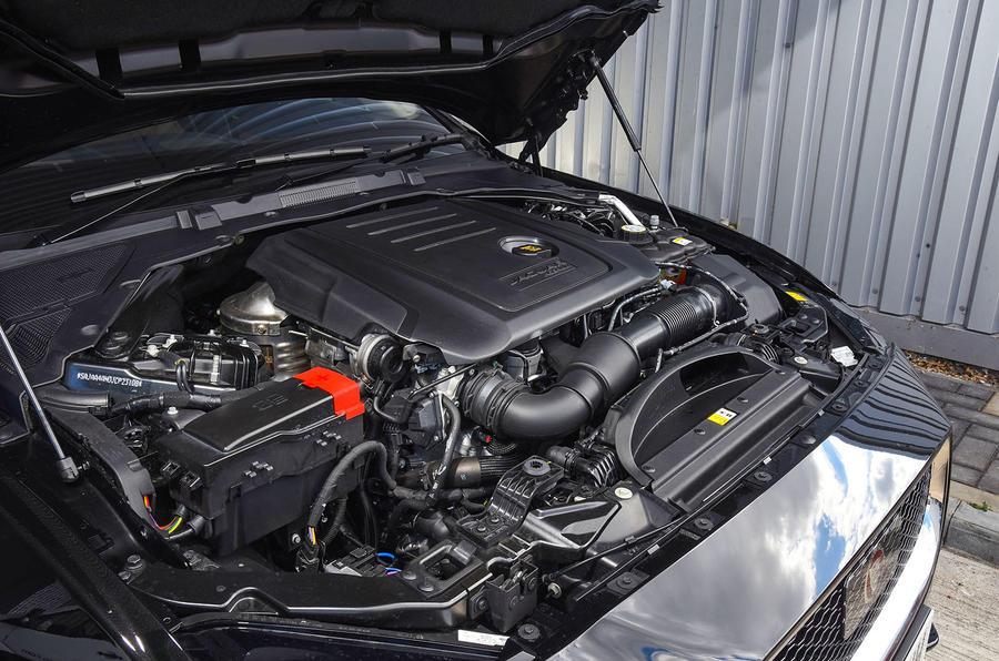 2.0-litre Jaguar XE 25d AWD diesel engine