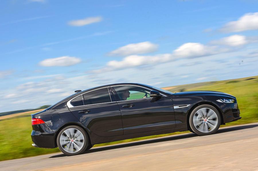 Jaguar XE 25d AWD side profile