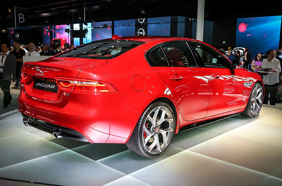 2015 jaguar xe pricing specification and engines. Black Bedroom Furniture Sets. Home Design Ideas