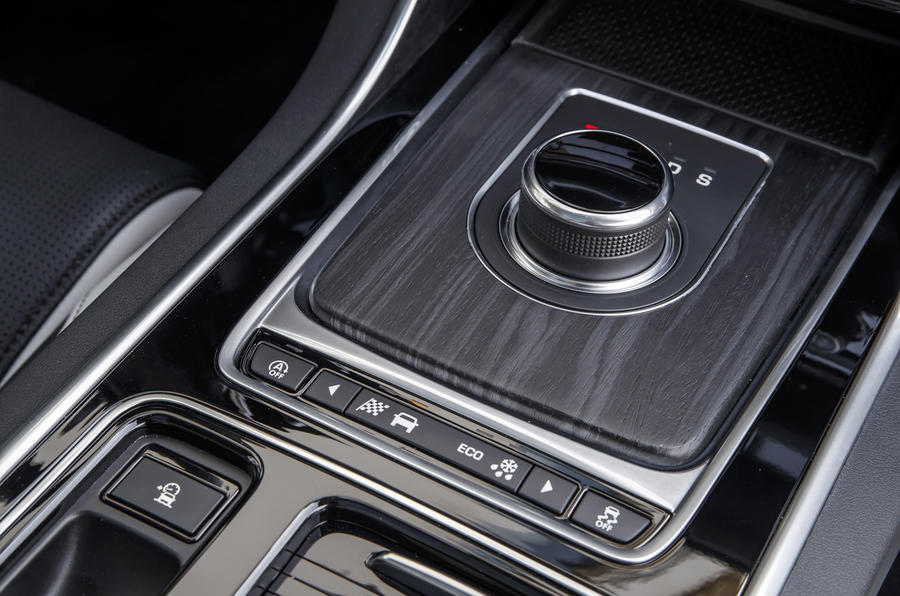 Jaguar XF Sportbrake TDV6 automatic gearbox