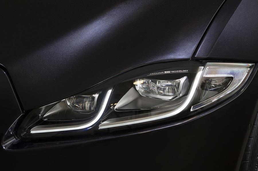 Jaguar XJ LED headlights