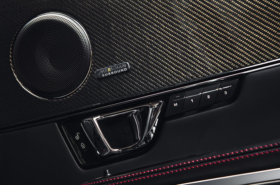 Jaguar XJR Meridian speakers