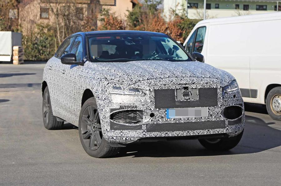Jaguar F-Pace facelift spies front