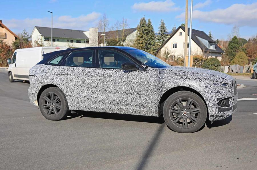 Jaguar F-Pace facelift spies front side