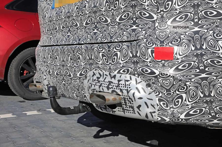 Jaguar F-Pace facelift spies bumper