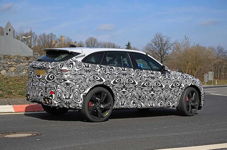 Jaguar F-Pace SVR facelift spyshot - side