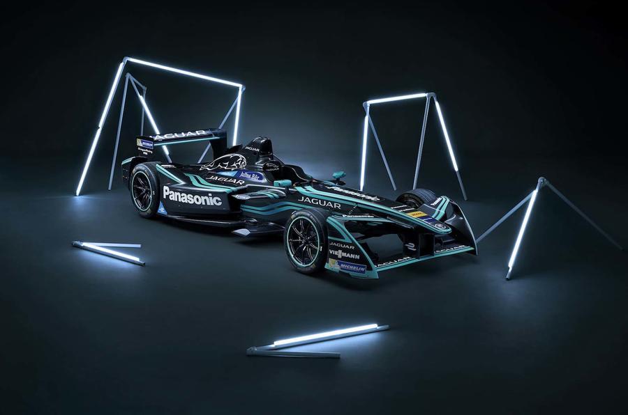 Evans gets new Jaguar deal