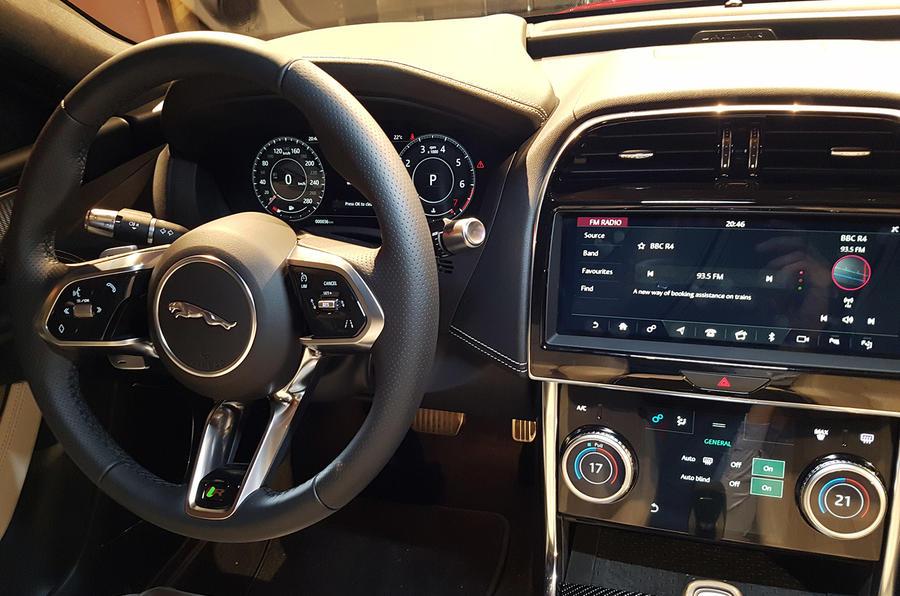 Jaguar XE 2019 facelift reveal event - infotainment
