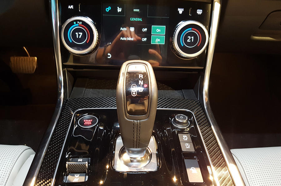 Jaguar XE 2019 facelift reveal event - climate control