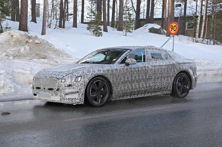 2020 Jaguar XJ spy shot