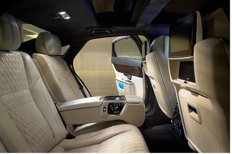 2015 - [Jaguar] XJ Restylée - Page 2 Jaguarxj16-03