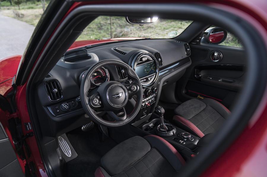 Mini Countryman JCW interior
