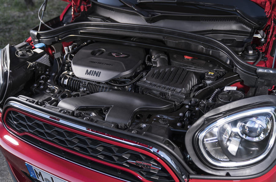 Mini Countryman JCW engine bay