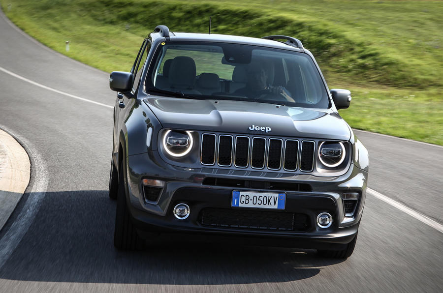 Jeep Renegade 4xe front close