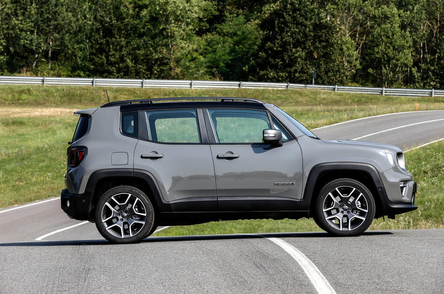Jeep Renegade 4xe side