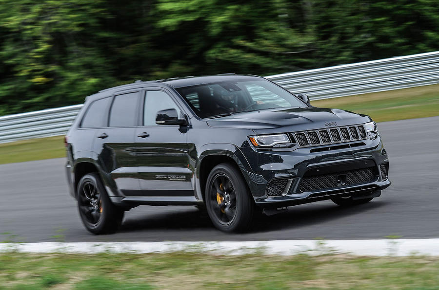Jeep Grand Cherokee Trackhawk cornering