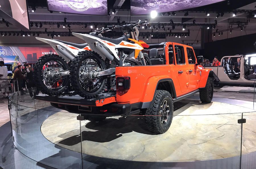 New Jeep Gladiator Heavy Duty Pick Up Launched Autocar