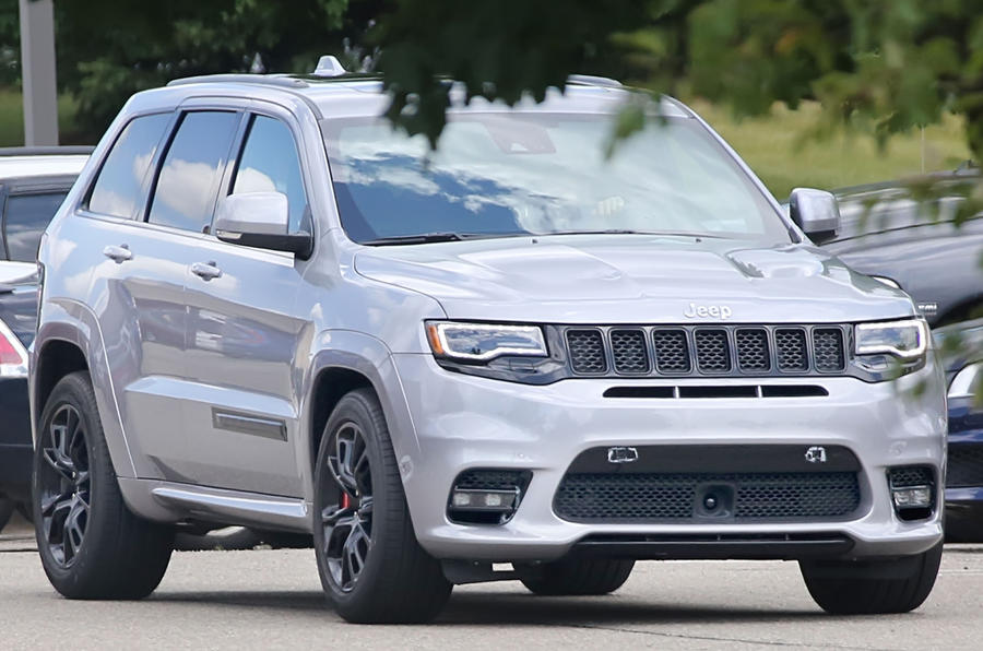 pre production facelifted jeep grand cherokee srt has been. Black Bedroom Furniture Sets. Home Design Ideas