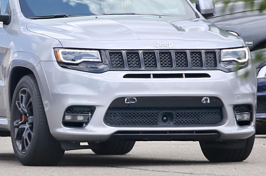 Srt8 Jeep Trackhawk >> 2017 Jeep Grand Cherokee SRT spied undisguised | Autocar