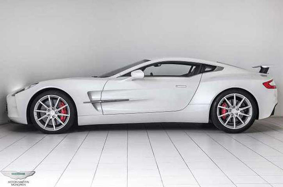 nearly new aston martin one 77 on sale for 2 5 million autocar. Black Bedroom Furniture Sets. Home Design Ideas
